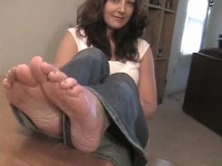 Brunette Aliese Shows Off Her Feet