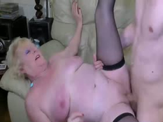 Chubby Blonde Mature And Handy Guy In Hardcore Action