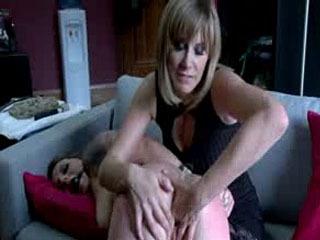 Maitresse Madeline Whips Vivienne Del Rio's Ass