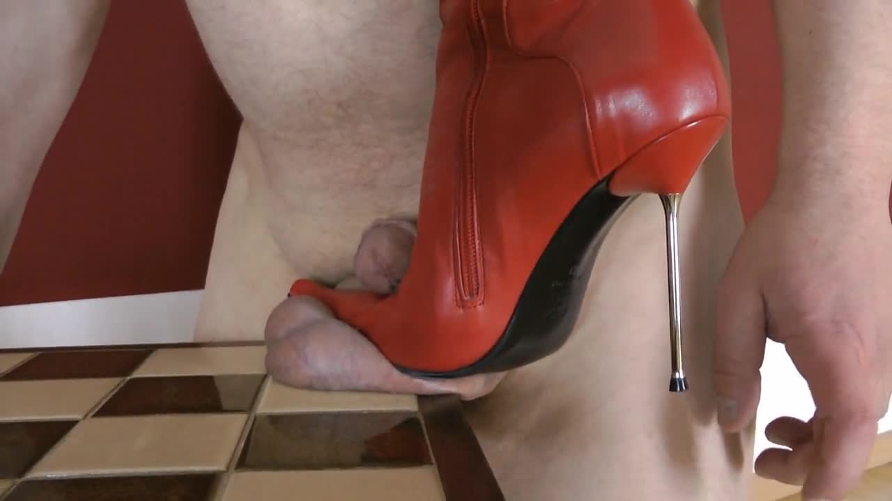 Trample domination tube