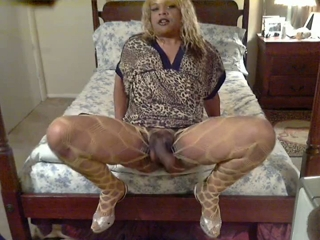Tranny Ready To Cum With Her Man