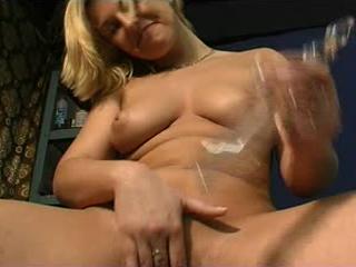 A sexy amateur session