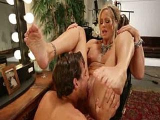 MILF Cougar With Sweaty Feet!
