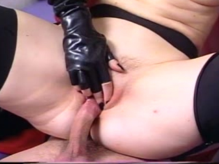 Latex Bitch Gets A Hard Drilling In Rubber