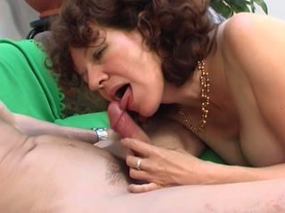 Young Dick Fucks Hairy Mature Pussy