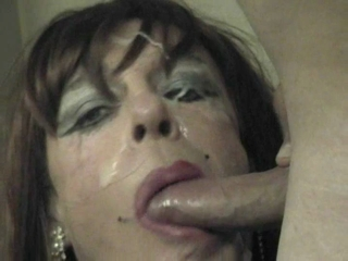 Diannexxxcd Sucking A Stiff Cock & Facial