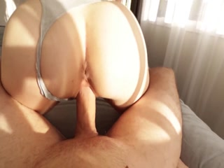 Dude Surprising His Chick  With Creampie Inside Her Cunt