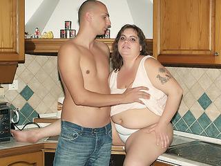 Wild Chubby Foreplay