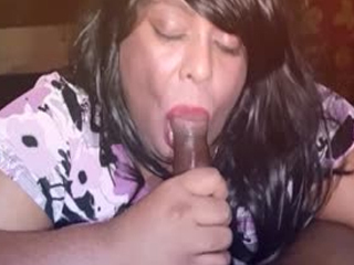 Chubby Crossdresser Sucking BBC