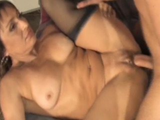 Sexy Cougar Hungry For Young Dick