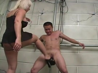 Sammie Spades Strip Club Ballbusting