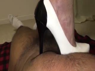White Round Toe Platform Heels Trampling