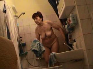 Dutch Nude Granny - Voyeur Cam