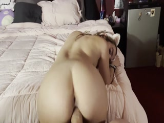Delightful  Teen Gets Drilled In Her Vagina  And Receiving Cum In The Mouth