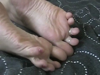 Lexi Showing Off Her Toe Rings And Her Sexy Feet