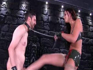 Extremely SEXY Girl Ballbusting A Slave