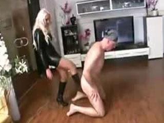 Mujer Enojada Con Hombre