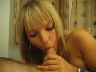 Cute blonde amateur pleasing a lucky dick