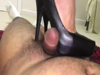 Black Round Toe Platform Heels Trampling