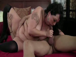 Horny guy fucks a brunette BBW