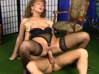 Gorgeous Brunette MILF Loves Cock So Much