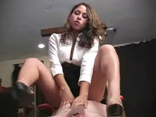 Mistress Aie tortures slave with heels and barefoot