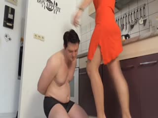 Ballbusting Ladies Mistreat Slaves Nuts