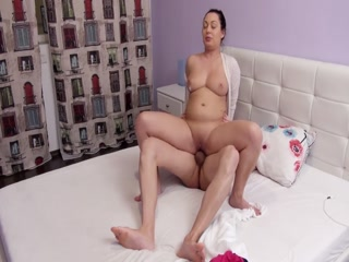 Sexy MILF Gets Served A Hard Cock And A Hot Cumload On The Ass