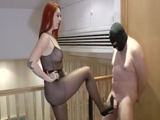 Hard Ballbusting In Pantyhose
