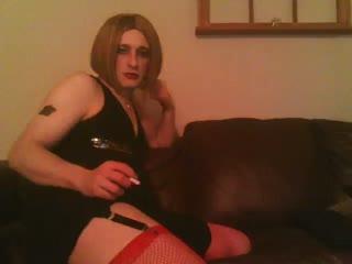 Darlene Smoke Fetish Slut