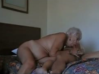 Hot Oldie Fucks Like Crazy