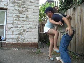 Sexy Chica En Las Medias Ballbusts Chico Molesto