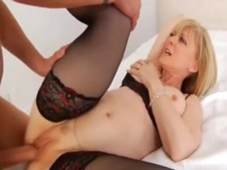Hot Cougar Gets Warm Jizz On Her Mature Pussy