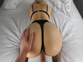 Hottie Blonde Wants Hard Dick Inside Her Wet Pussy