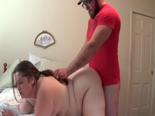 Plumper GF Gets Caught Masturbating To Porn And Gets Fucked Hard