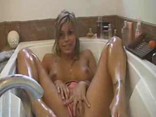 Sarah Wash Her Dirty Feet And Sole