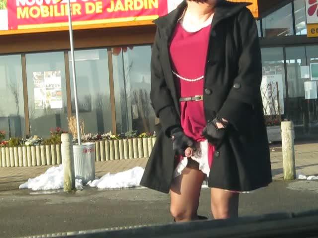 crossdresser in public