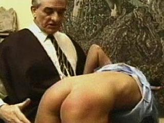 Verschrikkelijke Spanking Discipline