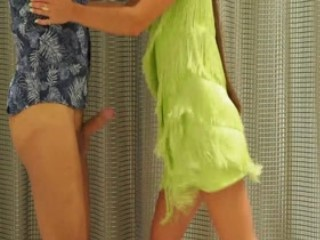 Green Dress Hot Ballbusting Dance