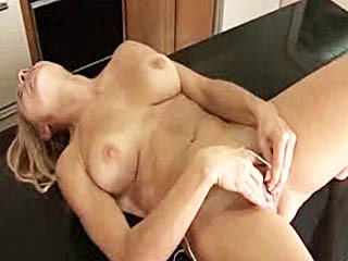Gorgeous Amateur Housewife Masturbates