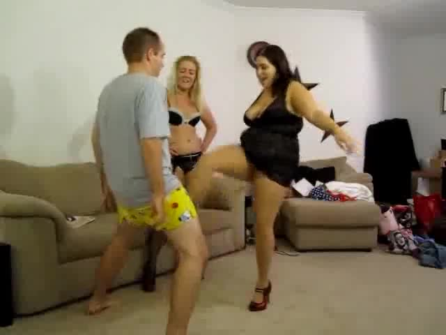 Mature Women Ballbusting