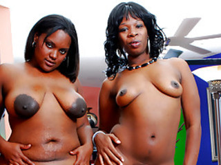 Chubby Black Lesbians Having Some Fun
