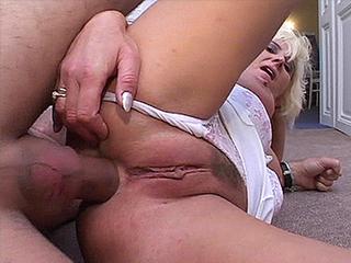 Левая Бабушка В Диком Порно