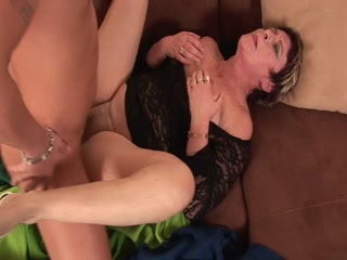 Short Hair Mature Slut Are Rough Banged By Her Step Son