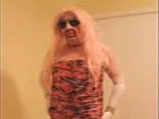 Pretty Transexual De Pelo Rosa