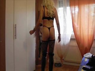 Corinne Shows Her Ass