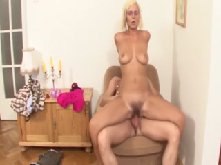 Mature Cougar With Hairy Pussy Gets Nailed By Stud