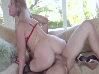 Hot Teen Babe Gets Fucked Rough By Her Boyfriend