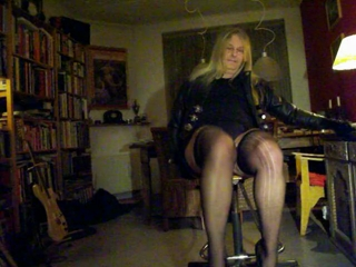 Hannah In Miniskirt, Stockings, Kidgloves