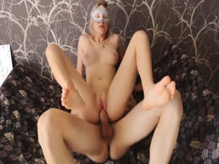 Blonde Bitch Looks Fabulous And Worship Dick